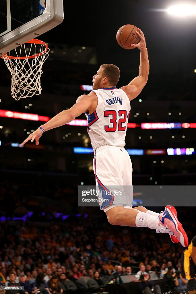 <a gi-track='captionPersonalityLinkClicked' href=/galleries/search?phrase=Blake+Griffin&family=editorial&specificpeople=4216010 ng-click='$event.stopPropagation()'>Blake Griffin</a> #32 of the Los Angeles Clippers dunks against the Los Angeles Lakers at Staples Center on October 31, 2014 in Los Angeles, California.