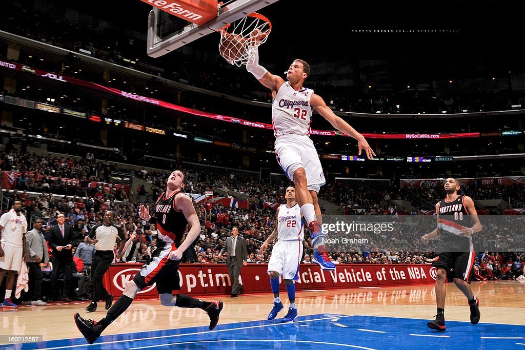 Blake Griffin #32 of the Los Angeles Clippers dunks against the Portland Trail Blazers at Staples Center on January 27, 2013 in Los Angeles, California.