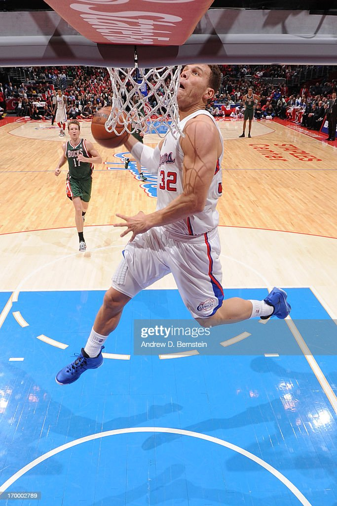 Blake Griffin #32 of the Los Angeles Clippers dunks on a fast break against the Milwaukee Bucks at Staples Center on March 6, 2013 in Los Angeles, California.