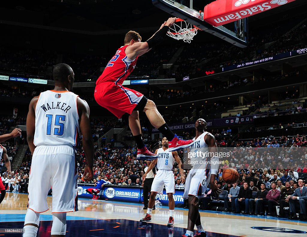 Blake Griffin #32 of the Los Angeles Clippers dunks the ball against the Charlotte Bobcats at Time Warner Cable Arena on December 12, 2012 in Charlotte, North Carolina.