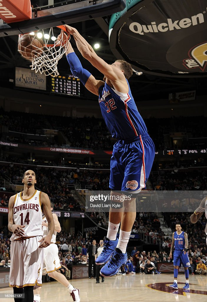 Blake Griffin #32 of the Los Angeles Clippers dunks the ball against the Cleveland Cavaliers at The Quicken Loans Arena on March 1, 2013 in Cleveland, Ohio.