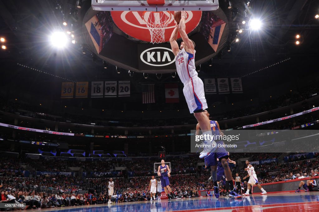 <a gi-track='captionPersonalityLinkClicked' href=/galleries/search?phrase=Blake+Griffin+-+Basketball+Player&family=editorial&specificpeople=4216010 ng-click='$event.stopPropagation()'>Blake Griffin</a> #32 of the Los Angeles Clippers during a game against the Phoenix Suns at STAPLES Center on December 30, 2013 in Los Angeles, California.