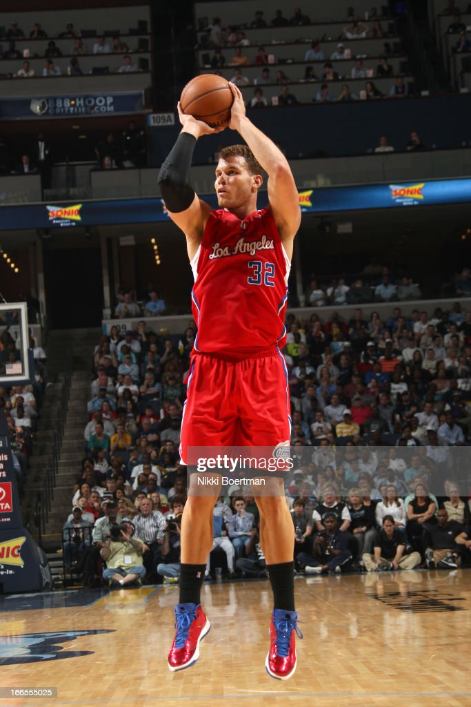 <a gi-track='captionPersonalityLinkClicked' href=/galleries/search?phrase=Blake+Griffin+-+Basketball+Player&family=editorial&specificpeople=4216010 ng-click='$event.stopPropagation()'>Blake Griffin</a> #32 of the Los Angeles Clippers goes for a jump shot during the game between the Los Angeles Clippers and the Memphis Grizzlies on April 13, 2013 at FedExForum in Memphis, Tennessee.