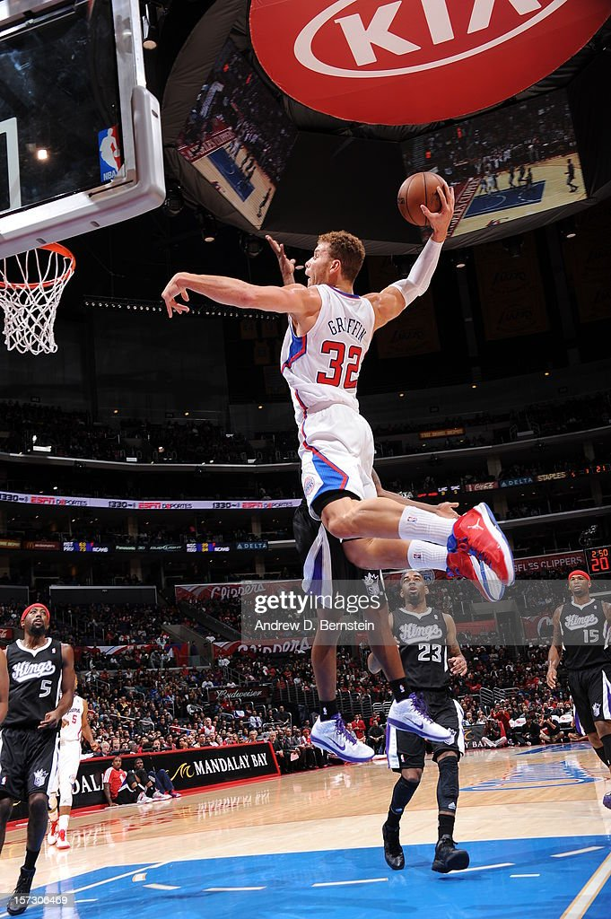 Blake Griffin #32 of the Los Angeles Clippers goes to the basket during the game between the Los Angeles Clippers and the Sacramento Kings at Staples Center on December 1, 2012 in Los Angeles, California.