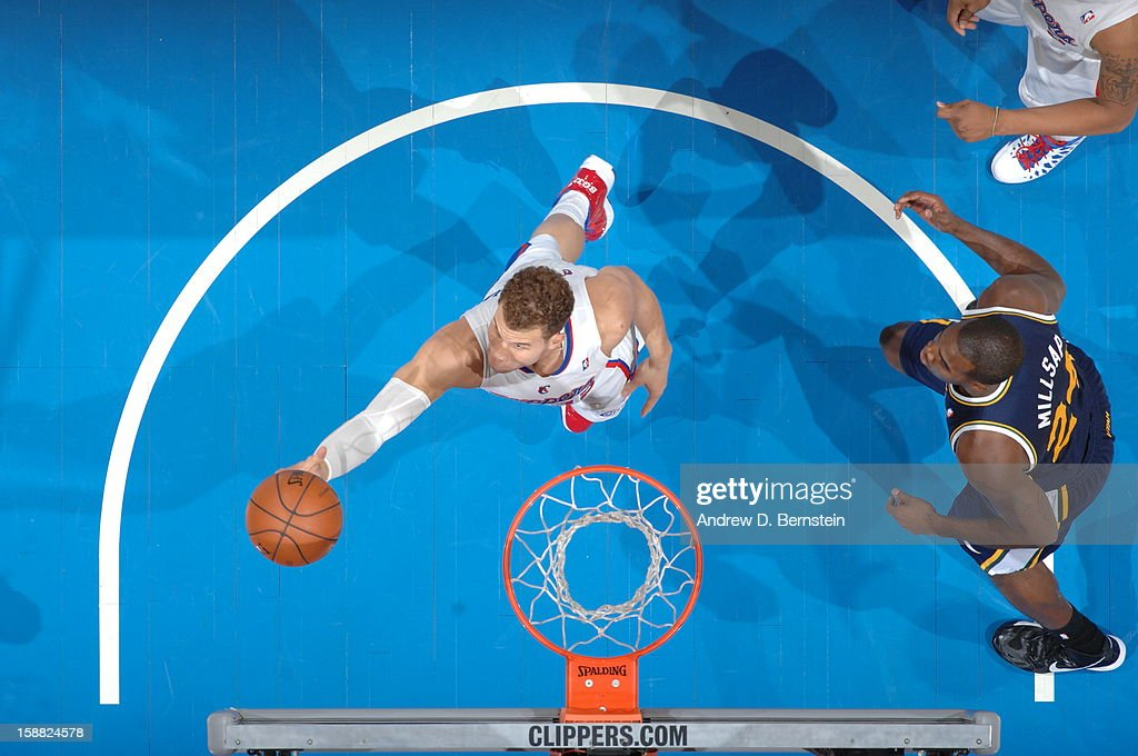 Blake Griffin #32 of the Los Angeles Clippers goes to the basket during the game between the Los Angeles Clippers and the Utah Jazz at Staples Center on December 30, 2012 in Los Angeles, California.