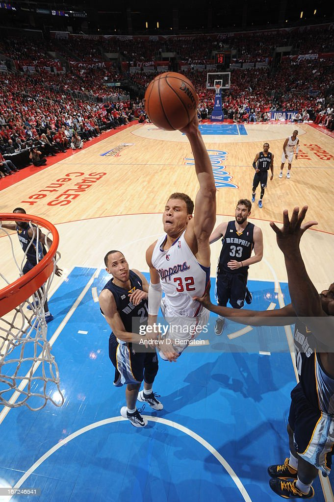 Blake Griffin #32 of the Los Angeles Clippers goes up for a dunk against Tayshaun Prince #21 of the Memphis Grizzlies at Staples Center in Game Two of the Western Conference Quarterfinals during the 2013 NBA Playoffs on April 22, 2013 in Los Angeles, California.