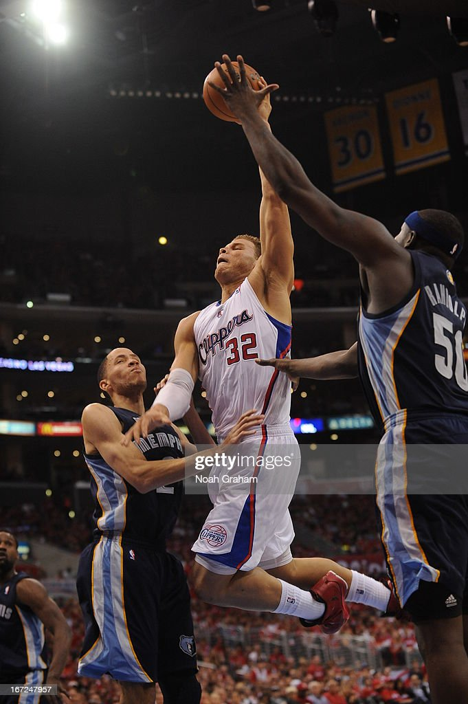 Blake Griffin #32 of the Los Angeles Clippers goes up for a dunk against Tayshaun Prince #21 and Zach Randolph #50 of the Memphis Grizzlies at Staples Center in Game Two of the Western Conference Quarterfinals during the 2013 NBA Playoffs on April 22, 2013 in Los Angeles, California.