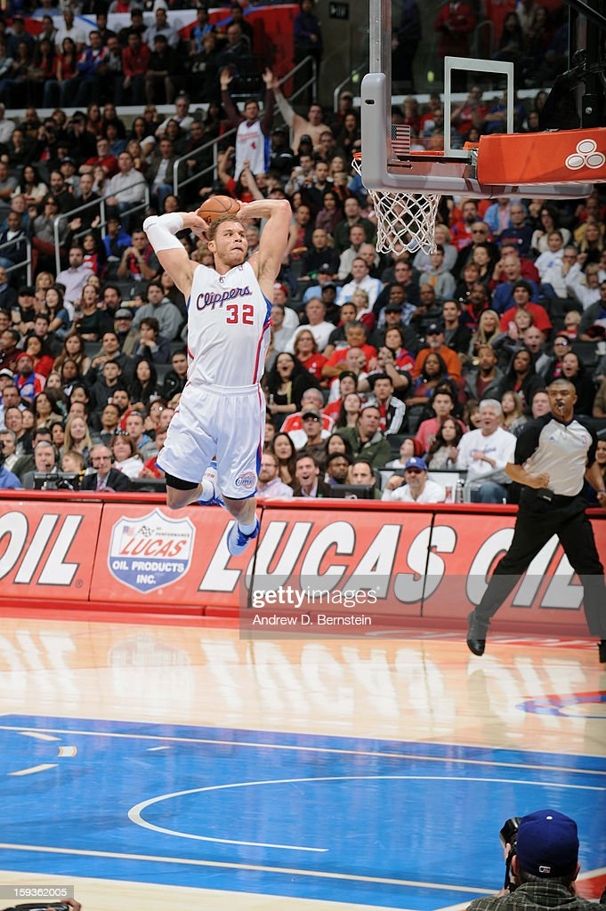 Blake Griffin #32 of the Los Angeles Clippers goes up for a slam dunk against the Orlando Magic at Staples Center on January 12, 2013 in Los Angeles, California.