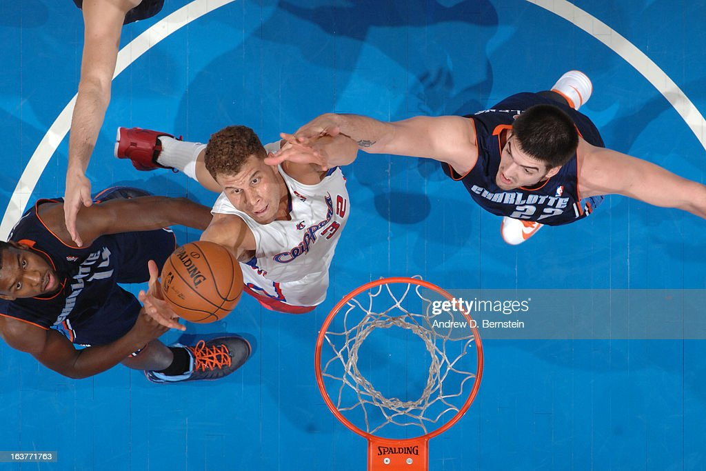 <a gi-track='captionPersonalityLinkClicked' href=/galleries/search?phrase=Blake+Griffin+-+Basketball+Player&family=editorial&specificpeople=4216010 ng-click='$event.stopPropagation()'>Blake Griffin</a> #32 of the Los Angeles Clippers grabs a rebound against the Charlotte Bobcats at Staples Center on February 26, 2013 in Los Angeles, California.