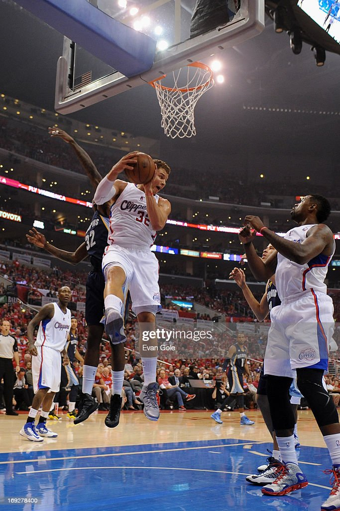 <a gi-track='captionPersonalityLinkClicked' href=/galleries/search?phrase=Blake+Griffin+-+Basketball+Player&family=editorial&specificpeople=4216010 ng-click='$event.stopPropagation()'>Blake Griffin</a> #32 of the Los Angeles Clippers grabs a rebound against the Memphis Grizzlies at Staples Center in Game One of the Western Conference Quarterfinals during the 2013 NBA Playoffs on April 20, 2013 in Los Angeles, California.