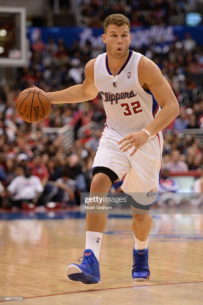Blake Griffin #32 of the Los Angeles Clippers handles the basketball during a game against the Detroit Pistons at STAPLES Center on March 22, 2014 in Los Angeles, California.