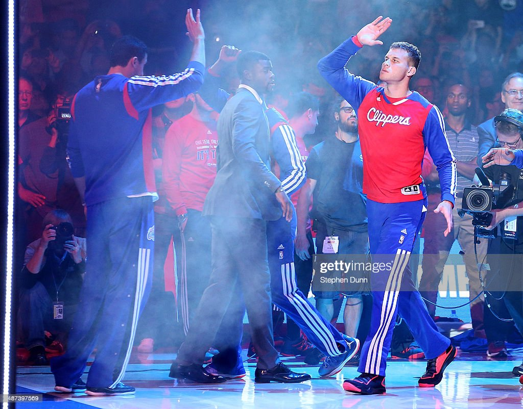 <a gi-track='captionPersonalityLinkClicked' href=/galleries/search?phrase=Blake+Griffin+-+Basketball+Player&family=editorial&specificpeople=4216010 ng-click='$event.stopPropagation()'>Blake Griffin</a> #32 of the Los Angeles Clippers high fives with teammates during introductions before playing the Golden State Warriors in Game Five of the Western Conference Quarterfinals during the 2014 NBA Playoffs at Staples Center on April 29, 2014 in Los Angeles, California. The Clippers won 113-103.