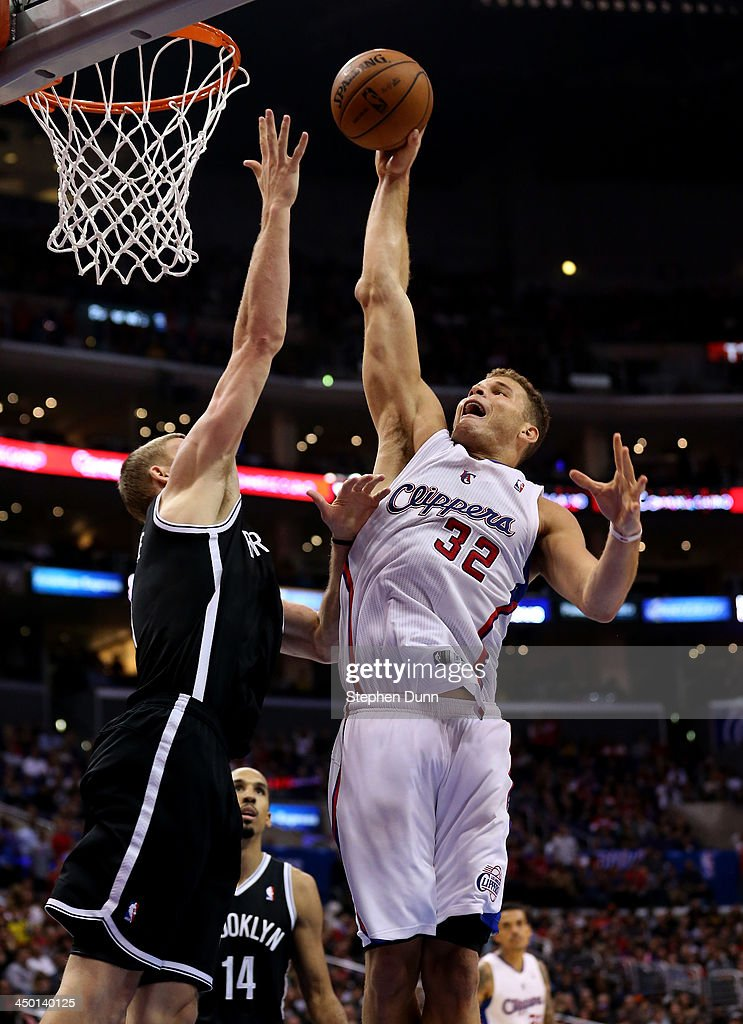 <a gi-track='captionPersonalityLinkClicked' href=/galleries/search?phrase=Blake+Griffin+-+Basketball+Player&family=editorial&specificpeople=4216010 ng-click='$event.stopPropagation()'>Blake Griffin</a> #32 of the Los Angeles Clippers shoots against <a gi-track='captionPersonalityLinkClicked' href=/galleries/search?phrase=Mason+Plumlee&family=editorial&specificpeople=5792012 ng-click='$event.stopPropagation()'>Mason Plumlee</a> #1 of the Brooklyn Nets at Staples Center on November 16, 2013 in Los Angeles, California. The Clippers won 110-103.