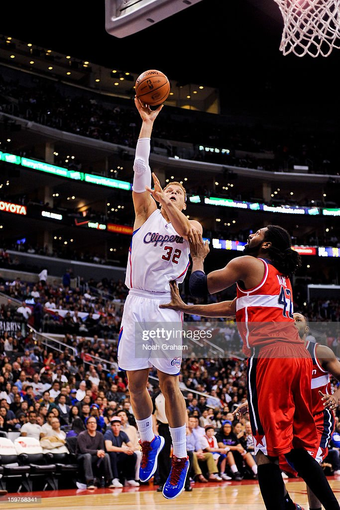 Blake Griffin #32 of the Los Angeles Clippers shoots against Nene #42 of the Washington Wizards at Staples Center on January 19, 2013 in Los Angeles, California.