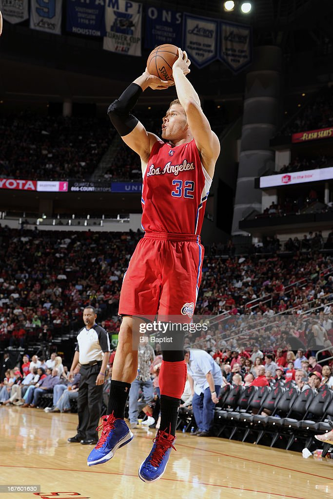 <a gi-track='captionPersonalityLinkClicked' href=/galleries/search?phrase=Blake+Griffin+-+Basketball+Player&family=editorial&specificpeople=4216010 ng-click='$event.stopPropagation()'>Blake Griffin</a> #32 of the Los Angeles Clippers shoots against the Houston Rockets on March 30, 2013 at the Toyota Center in Houston, Texas.