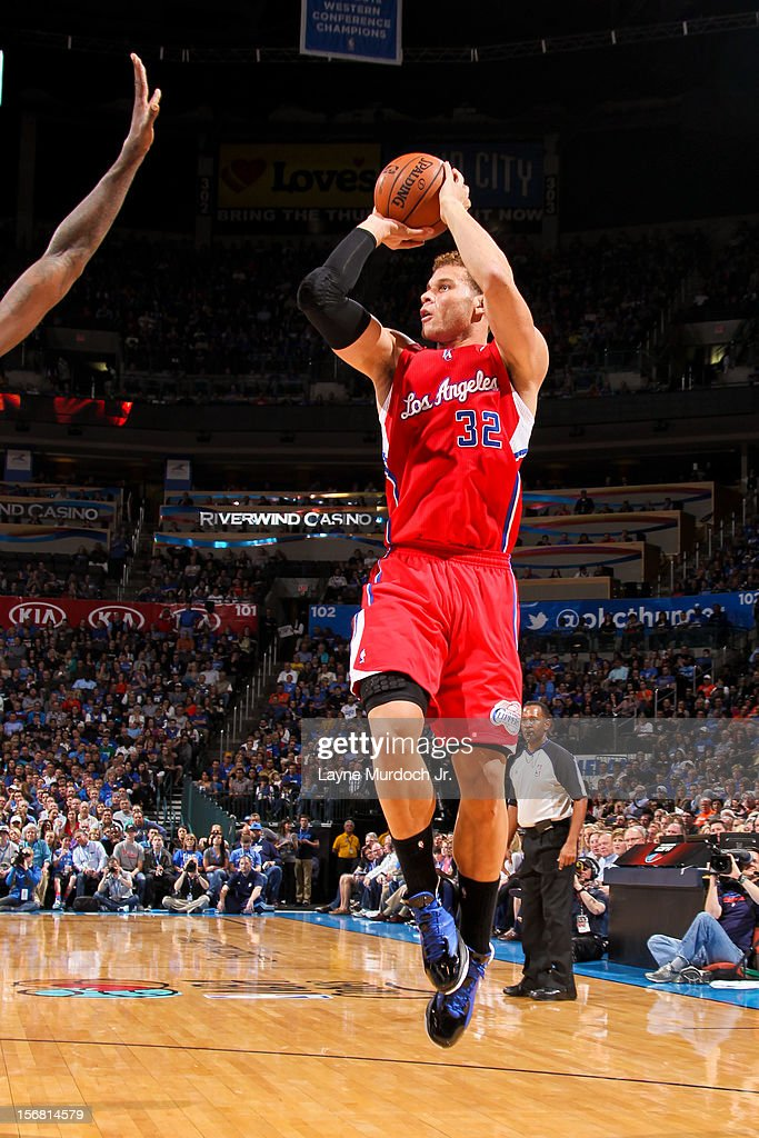 <a gi-track='captionPersonalityLinkClicked' href=/galleries/search?phrase=Blake+Griffin+-+Basketball+Player&family=editorial&specificpeople=4216010 ng-click='$event.stopPropagation()'>Blake Griffin</a> #32 of the Los Angeles Clippers shoots against the Oklahoma City Thunder on November 21, 2012 at the Chesapeake Energy Arena in Oklahoma City, Oklahoma.