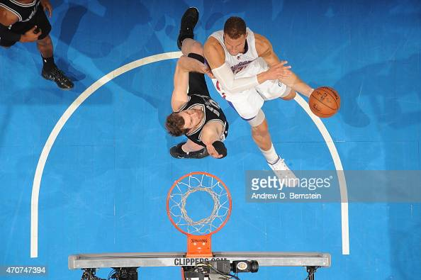 Blake Griffin of the Los Angeles Clippers shoots against the San Antonio Spurs in Game Two of the Western Conference Quarterfinals during the 2015...