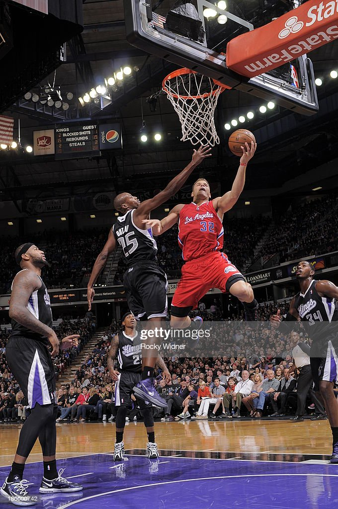 Blake Griffin #32 of the Los Angeles Clippers takes the ball to the basket against Travis Outlaw #25 of the Sacramento Kings at Sleep Train Arena on November 1, 2013 in Sacramento, California.