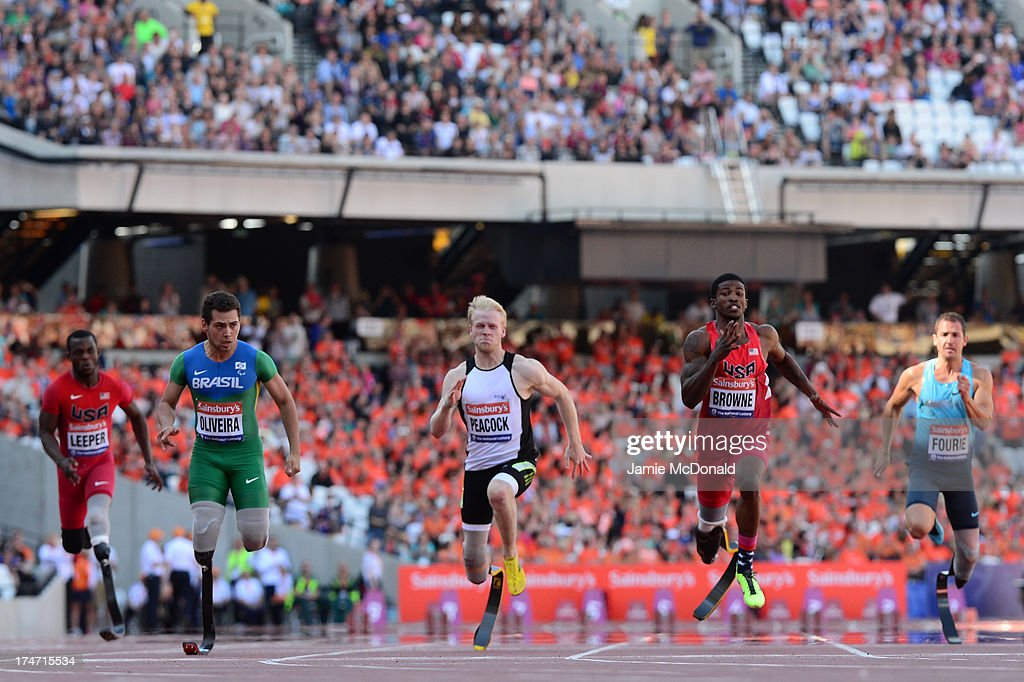 Blake Leeper of United States Alan Oliveira of BrazilJonnie Peacock of Great Britain Richard Browne of United States Arnu Fourie of South Africa and...
