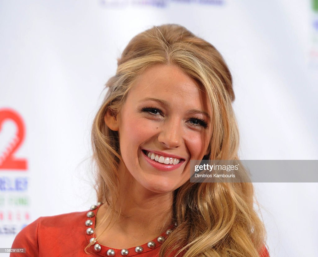 <a gi-track='captionPersonalityLinkClicked' href=/galleries/search?phrase=Blake+Lively&family=editorial&specificpeople=221673 ng-click='$event.stopPropagation()'>Blake Lively</a> attends '12-12-12' a concert benefiting The Robin Hood Relief Fund to aid the victims of Hurricane Sandy presented by Clear Channel Media & Entertainment, The Madison Square Garden Company and The Weinstein Company at Madison Square Garden on December 12, 2012 in New York City.