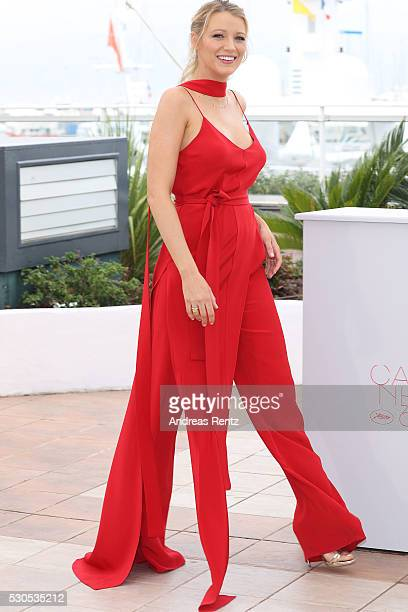 Blake Lively attends the 'Cafe Society' Photocall during The 69th Annual Cannes Film Festival on May 11 2016 in Cannes