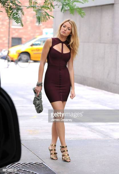Blake Lively on location for 'Gossip Girl' on the streets of Manhattan on July 22 2009 in New York City
