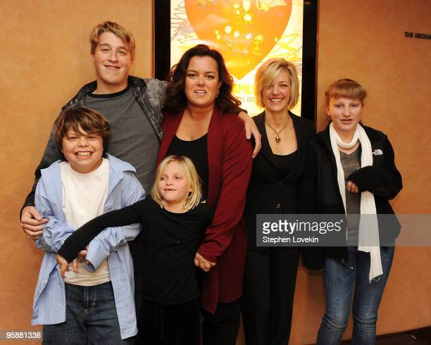 Blake O'Donnell Parker O'Donnell Vivi O'Donnell executive producer Rosie O'Donnell Kelli O'Donnell and Chelsea O'Donnell attend the HBO documentary...