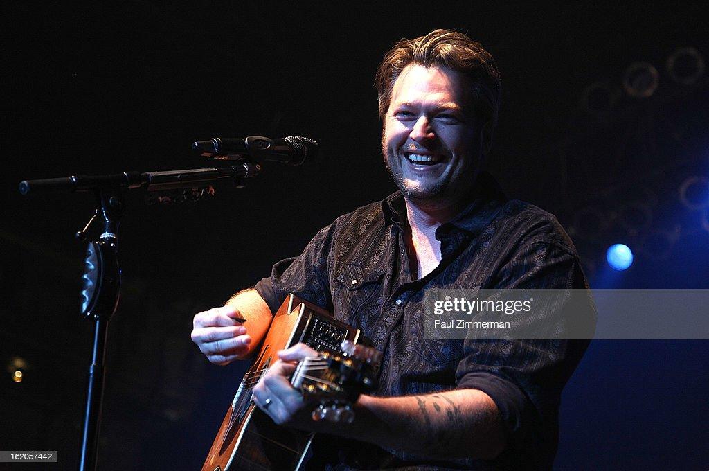 Blake Shelton performs at Nash Bash at Roseland Ballroom on February 18, 2013 in New York City.
