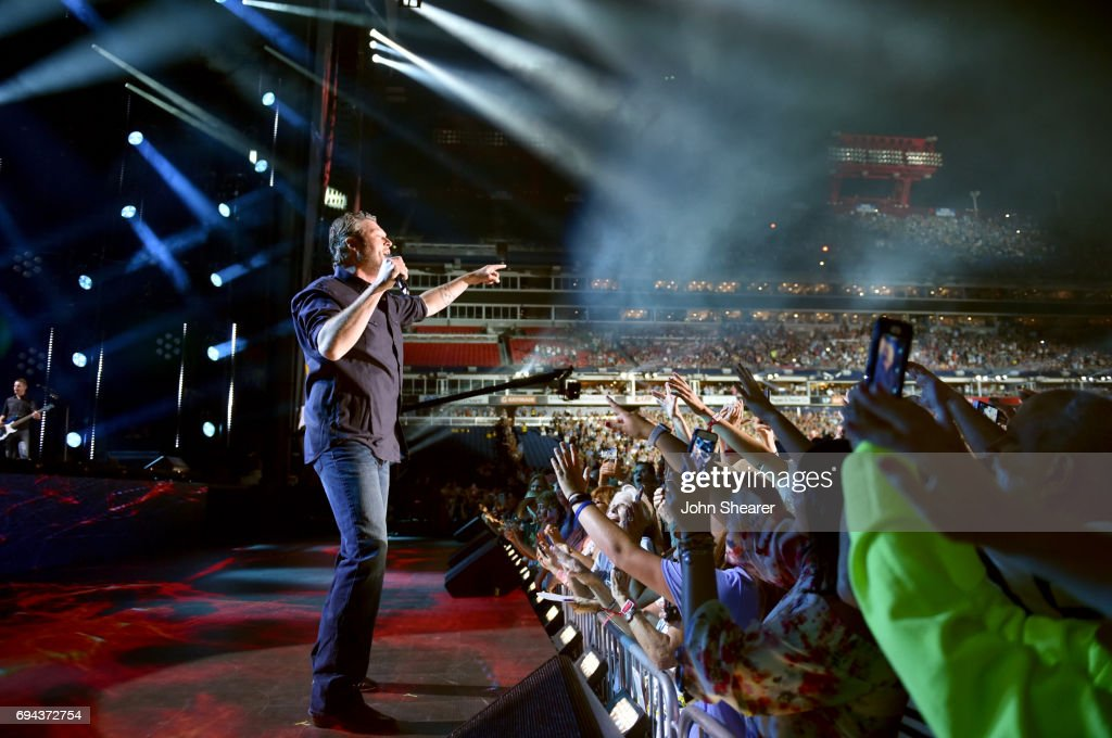 Blake Shelton performs on stage for day 2 of the 2017 CMA Music Festival on June 9, 2017 in Nashville, Tennessee.