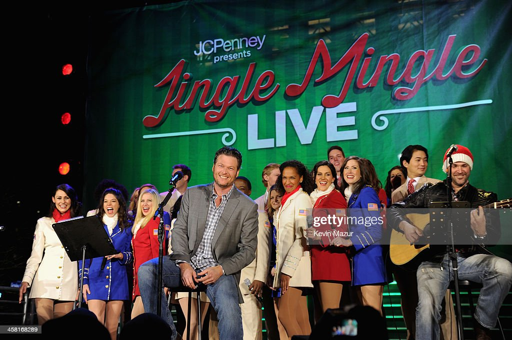 <a gi-track='captionPersonalityLinkClicked' href=/galleries/search?phrase=Blake+Shelton&family=editorial&specificpeople=2352026 ng-click='$event.stopPropagation()'>Blake Shelton</a> sings onstage at a surprise holiday event and performance with the USO Show Troupe, virtual carolers and spectacular 3D projection mapping over the Manhattan Mall courtesy of JCPenney on December 19, 2013 at Greely Square Park in New York City.