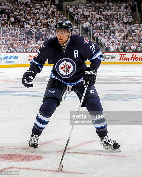 Blake Wheeler of the Winnipeg Jets keeps an eye on the play during first period action against the Anaheim Ducks in Game Four of the Western...
