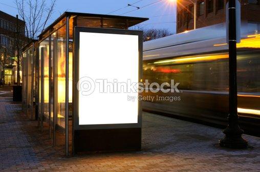 panneau daffichage vide sur larr t de bus photo thinkstock. Black Bedroom Furniture Sets. Home Design Ideas