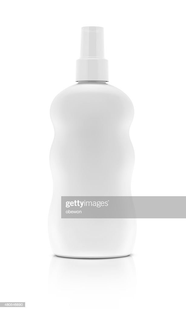 Garrafa pulverizadora com cosméticos em branco, isolado no fundo branco : Foto de stock