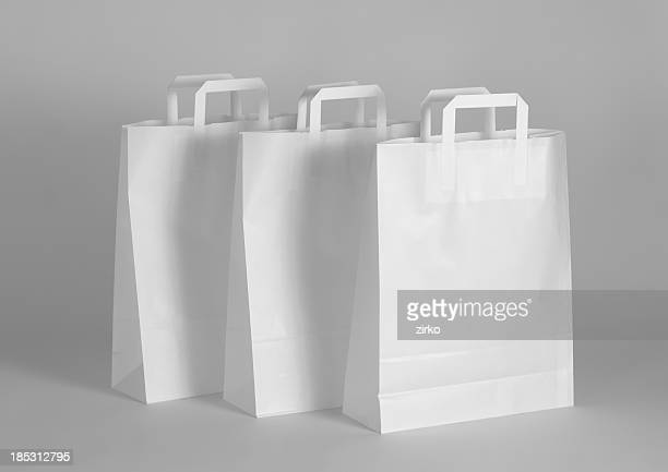 Leere Papier-Taschen