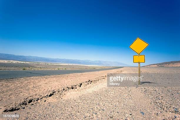 Vierge signe de route (lieu de votre propre texte
