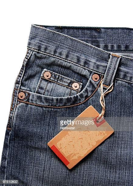 tag em branco no jeans