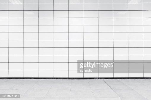 Blank tile wall XL