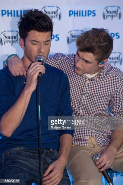 Blas Canto and Dani Fernandez of spanish pop band Auryn perform in concert in Madrid on November 14 2013 in Madrid Spain