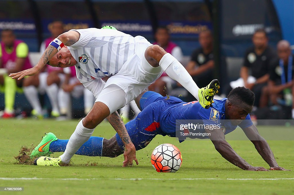 <a gi-track='captionPersonalityLinkClicked' href=/galleries/search?phrase=Blas+Perez&family=editorial&specificpeople=4084276 ng-click='$event.stopPropagation()'>Blas Perez</a> #7 of Panama controls the ball against Jerome Mechack #3 of Haiti during the 2015 CONCACAF Gold Cup Group A match between Panama and Haiti at Toyota Stadium on July 7, 2015 in Frisco, Texas.