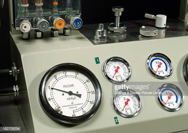 Blease pulmoflater by Blease Medical Equipment Ltd 197383 Detail Blease pulmoflater anaesthetic ventialetion with flowmeter fluotec vaporizer Boyle's...