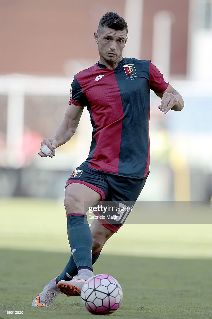 Blerim Dzemaili of Genoa CFC in action during the Serie A match between Genoa CFC and Juventus FC at Stadio Luigi Ferraris on September 20, 2015 in Genoa, Italy.