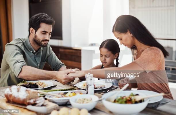 Segne dieses Essen und unsere Familie