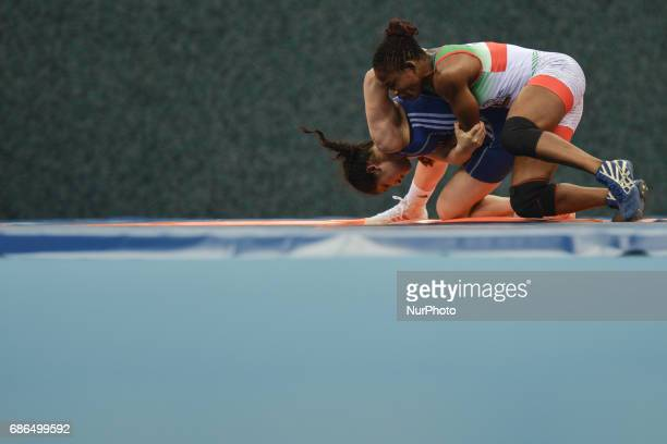 Blessing Oborududu of Nigeria competes against Hafize Sahin of Turkey in the Women's Freestyle 63kg Wrestling final during Baku 2017 4th Islamic...