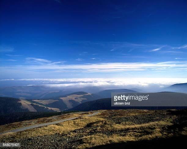 Blick von der Schneekoppe über dasRiesengebirge in Richtung Osten 1996