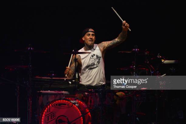 Blink 182 Drummer Travis Barker performs at the 933 Modern rock music festival 'Big Gig' at Fiddler's Green Amphitheatre on August 12 2017 in...