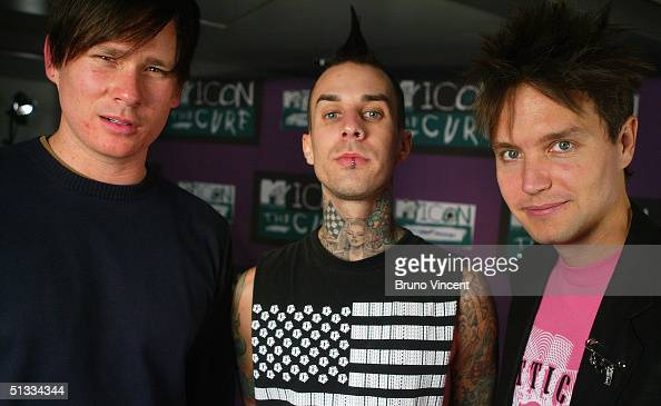 Blink 182 pose for photographs before 'MTV Icon 2004 The Cure' at Old Billingsgate Market on September 17 2004 in London The annual live tribute...
