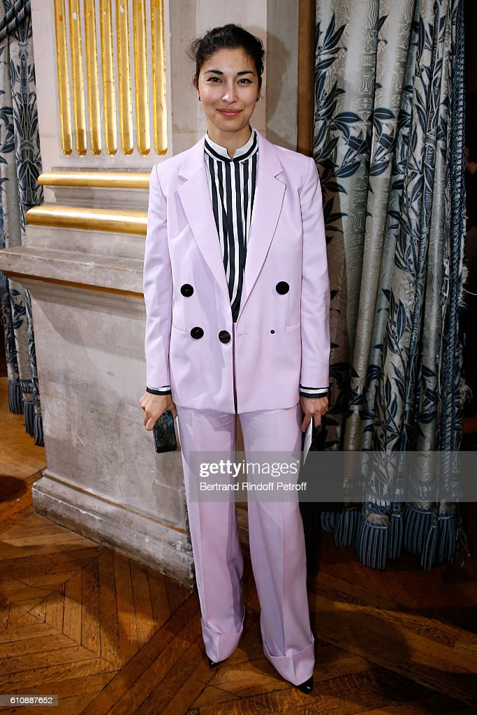 blogger-caroline-issa-attends-the-lanvin-show-as-part-of-the-paris-picture-id610887652