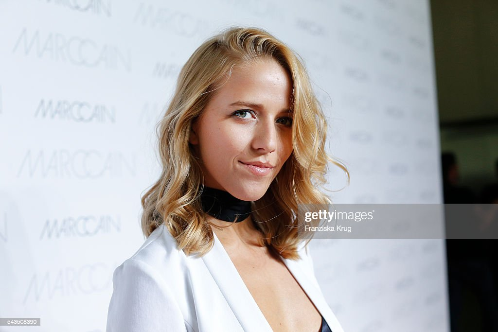 Blogger Jessica Mercedes Kirschner attends the Marc Cain fashion show spring/summer 2017 at CITY CUBE Panorama Bar on June 28, 2016 in Berlin, Germany.