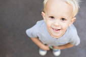 Blond toddler boyheadshot