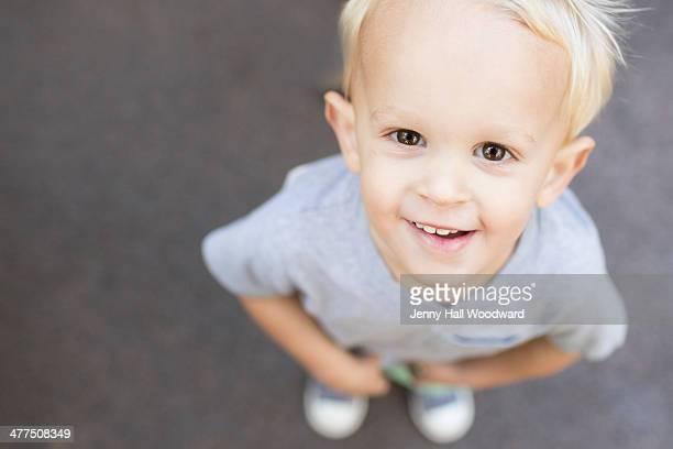 Blond toddler boyheadshot